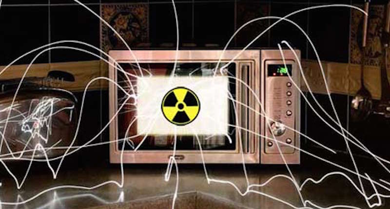 dangers of microwave oven