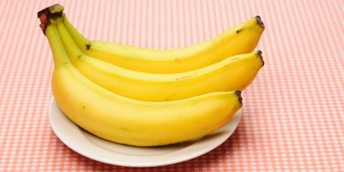 "Why You Should Eat 3 Bananas A Day (The ""Magic"" Number For Banana)"