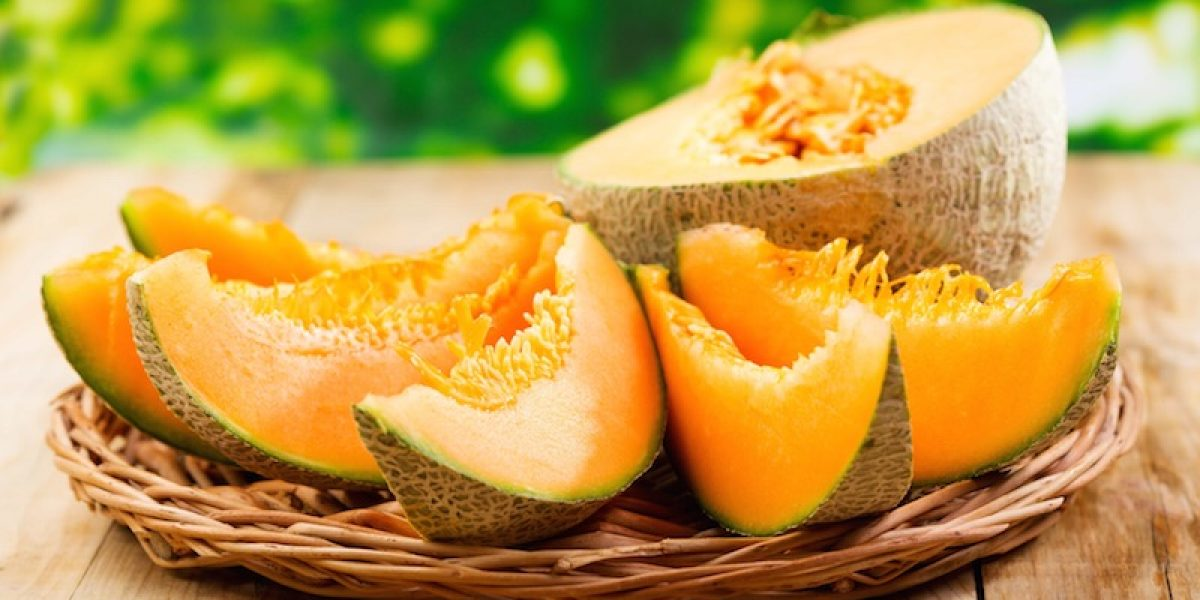 Cantaloupe Reduces Water Retention, Risk of Cataracts, Lowers Blood Pressure