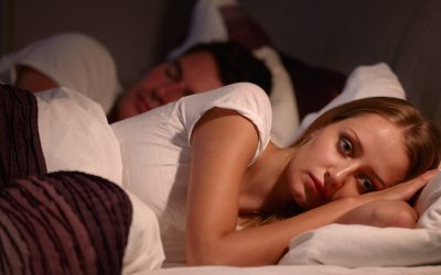 One Of Insomnia Symptoms Is Weight Gain. Here's How To Fall Asleep Again