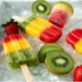 Lovely fruit popsicles for all seasons