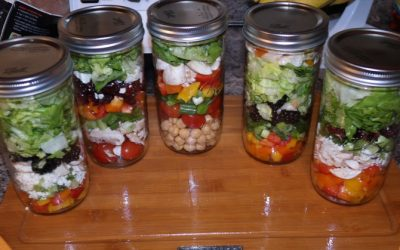 5 Nutritious And Healthy Mason Jar Lunches You Can Take To Work, Better Than UberEats!