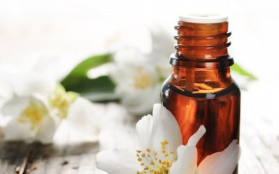 10 Essential Oils For Aromatherapeutic Massage