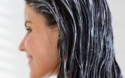 Use This 2-Ingredient Hair Conditioner To Treat Your Dry Damaged Hair And STOP Dandruff