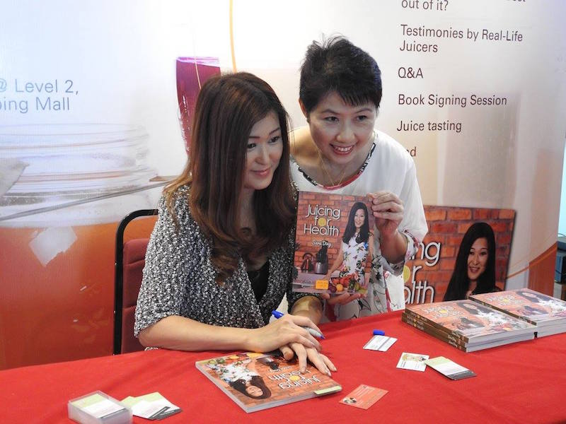 Sara DIng and Lilly Khan