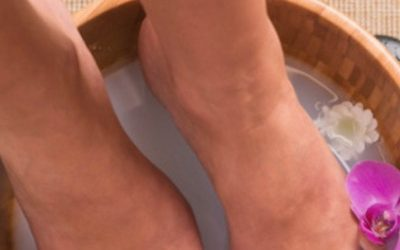 8 Natural Remedies To Heal Every Day Foot Pain Fast