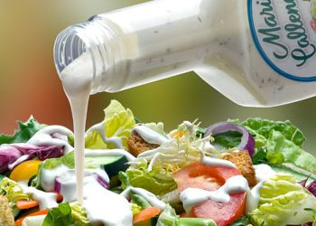 8 top foods not to buy from costco - salad dressing