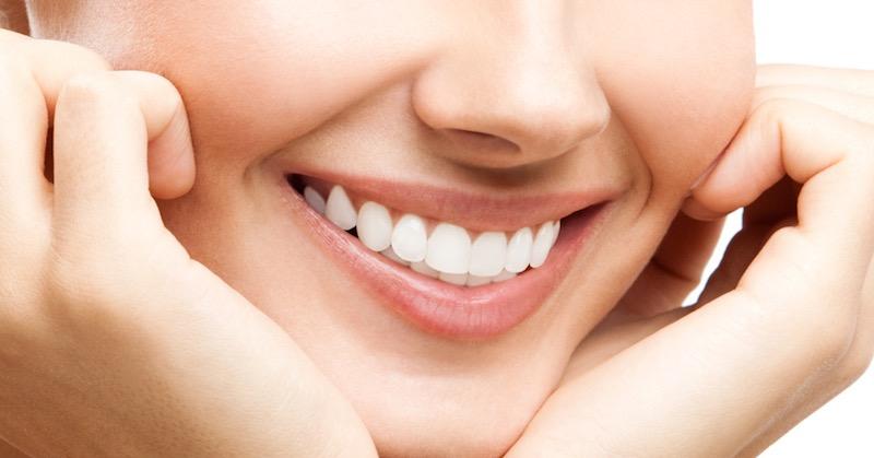 Natural Ways To Whiten Teeth And Reverse Gum Disease