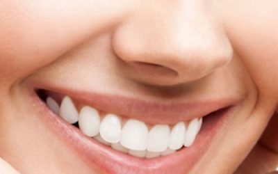 5 Natural Ways To Whiten Your Teeth And Reverse Gum Disease