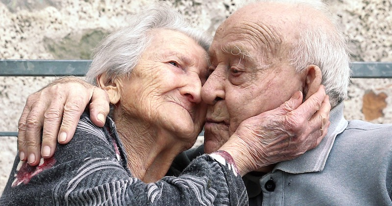 loving Italian old couple