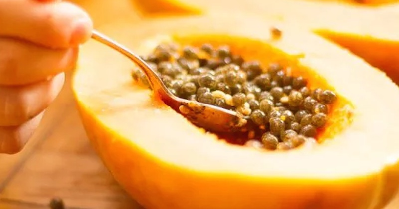 How To Eat Papaya Seeds To Detoxify Your Liver And Kidneys