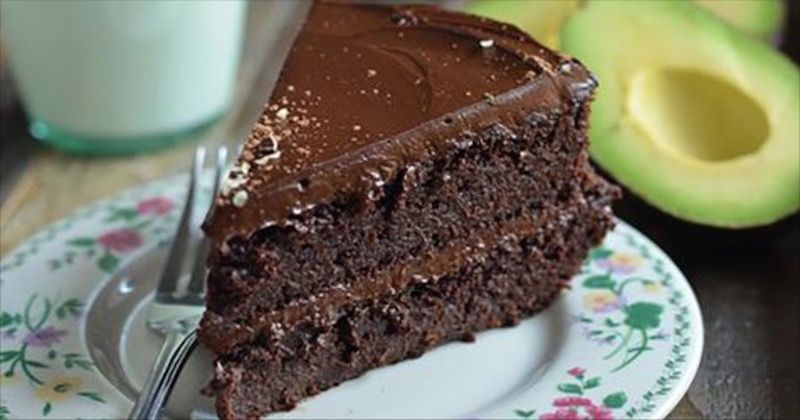 chocolate avocado cake