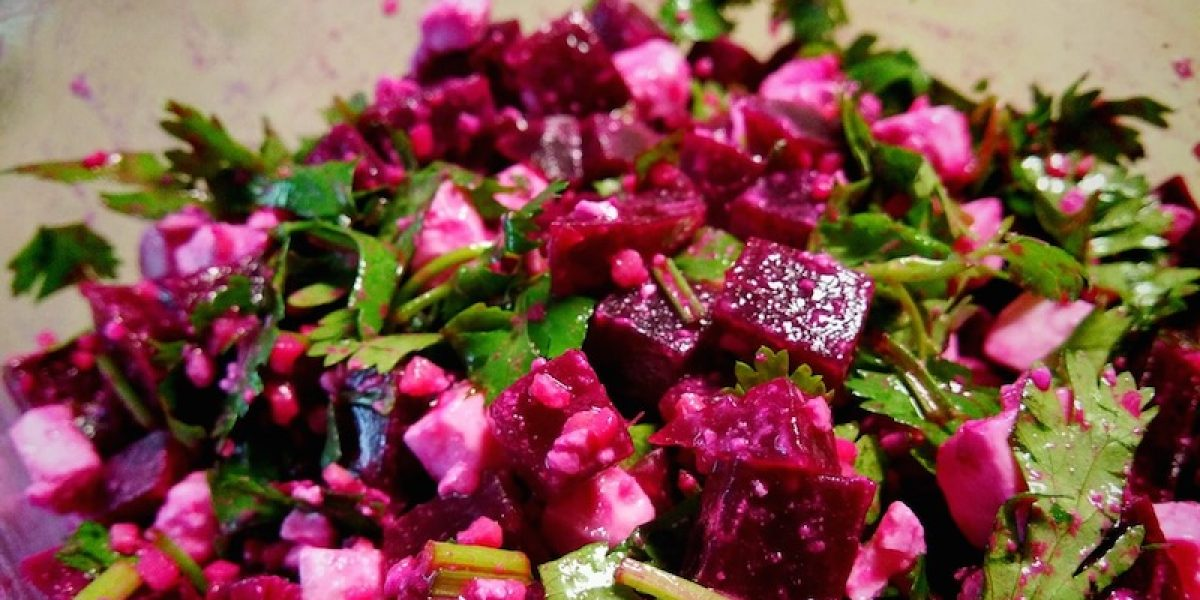 Beetroot-Feta Cheese Salad That Fights Inflammation, Detoxifies The Liver, Treats Anemia