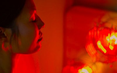 Near Infrared Light Therapy For Deep Detox, Heal Chronic Pains And Accelerate Wound Healing